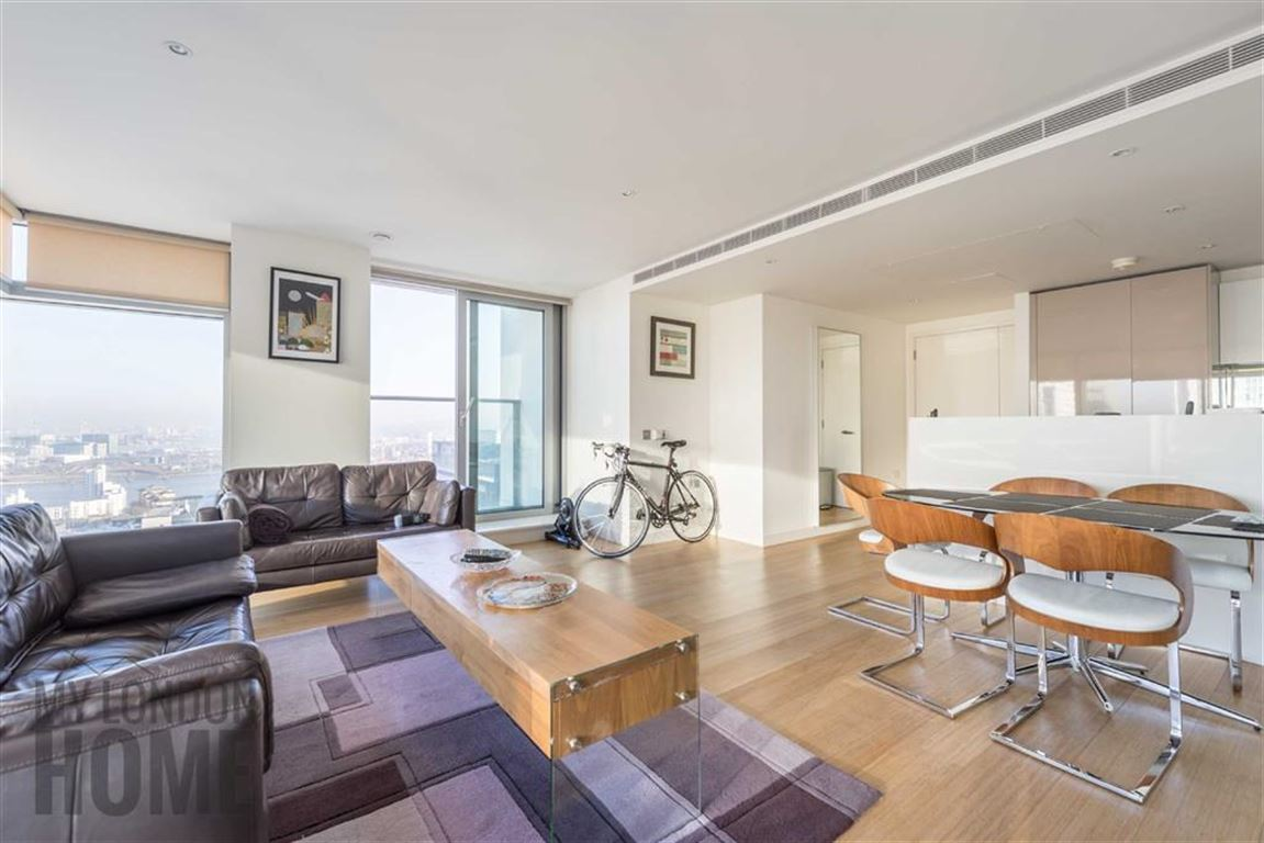 2 bedroom flat for sale in east tower canary wharf e14 2 bedroom flat in canary wharf to buy