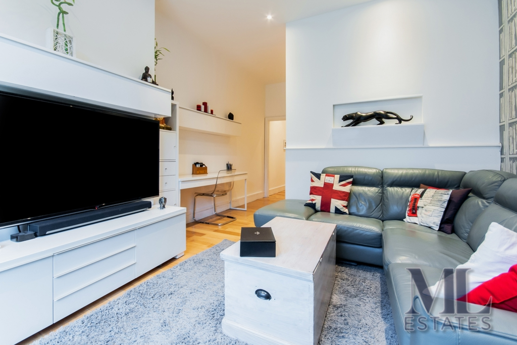 1 Bedroom Flat For Sale In Westbere Road West Hampstead Nw2 London