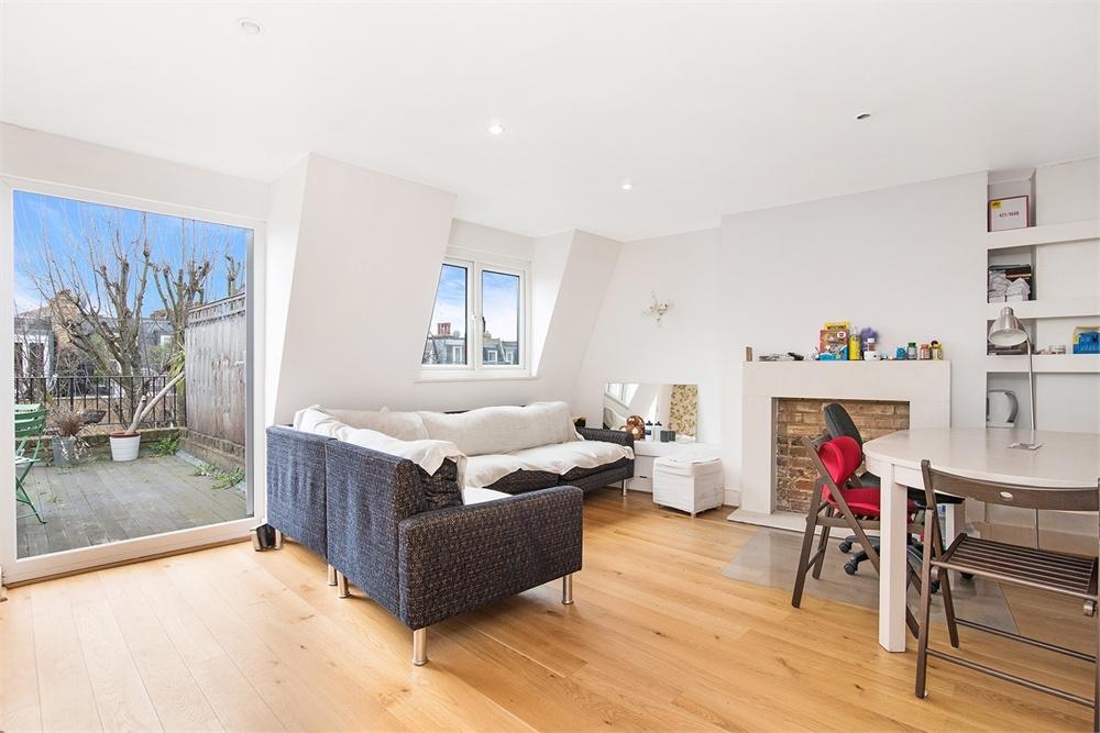 2 Bedroom Flat For Sale In Eardley Crescent Sw5 London