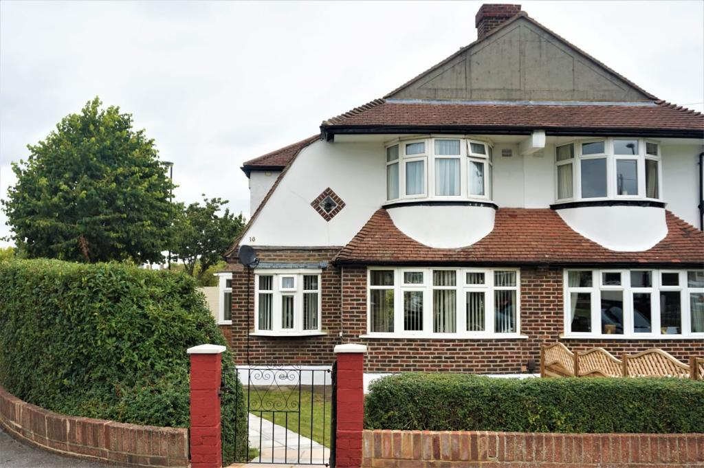 Property For Sale In Shirley Croydon