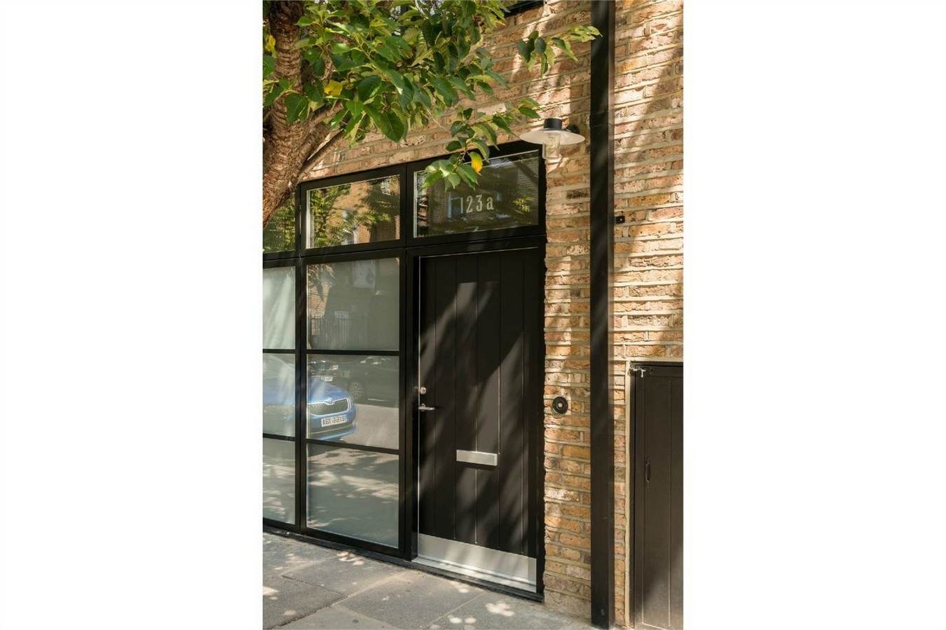 2 Bedroom Flat For Sale In Godolphin Road W12 London