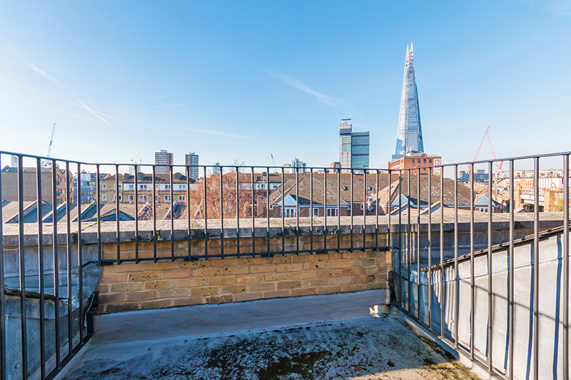 3 Bedroom Flat For Sale In Tower Bridge Road Bridge SE1 London