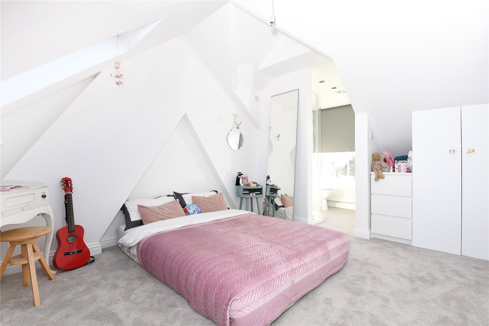 Bed House For Sale Rickmansworth