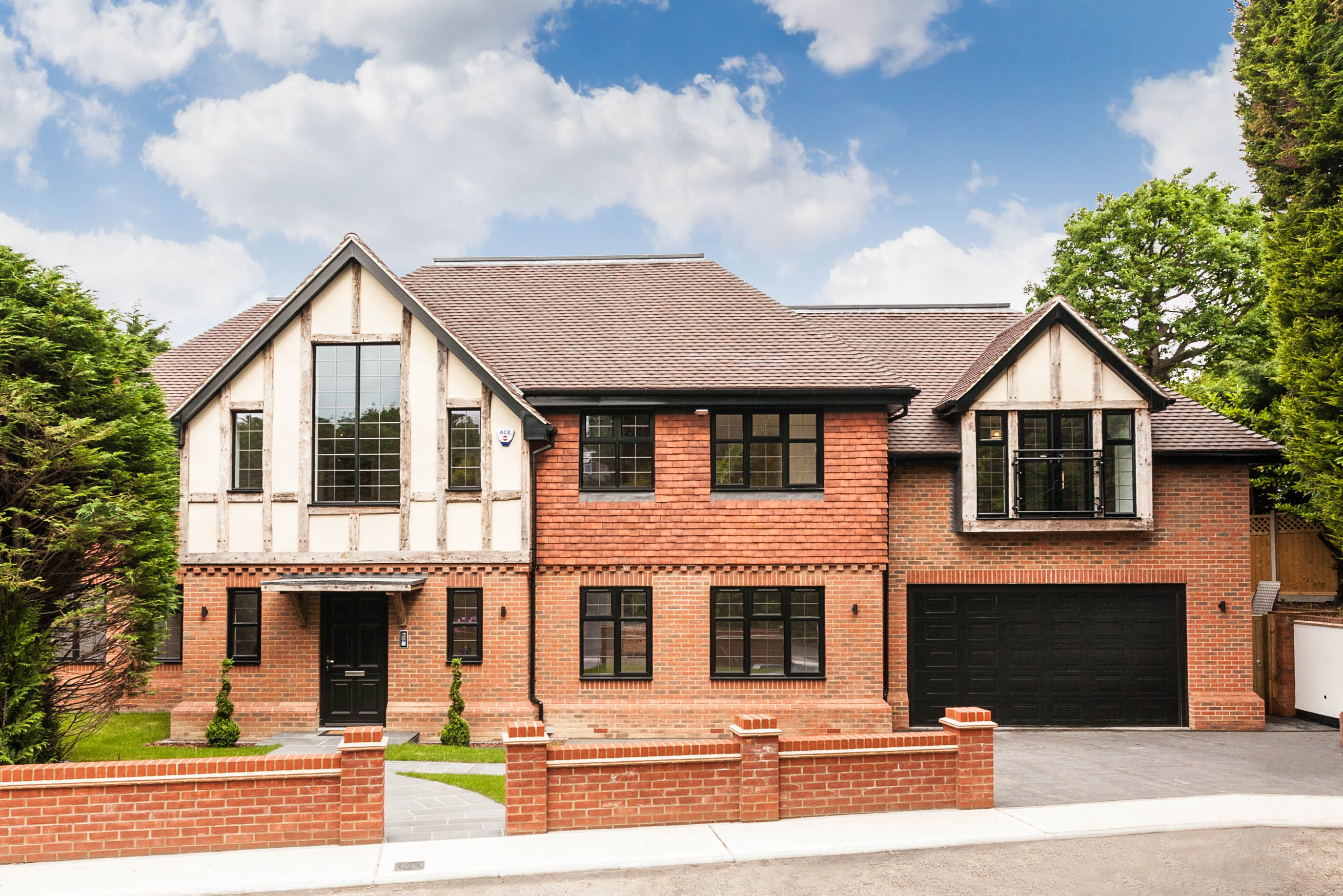 5 Bedroom Detached House For Sale In Mount Close Bromley Br1 London