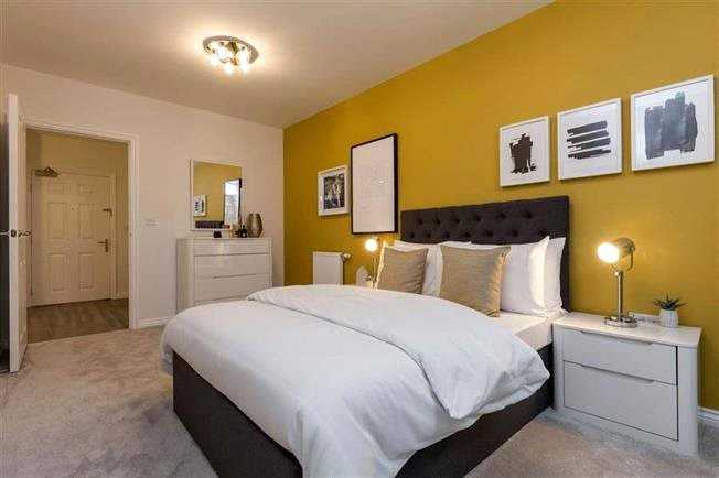 2 Bedroom Flat For Sale In Oakleigh Grove Sweets Way Whetstone N20 London