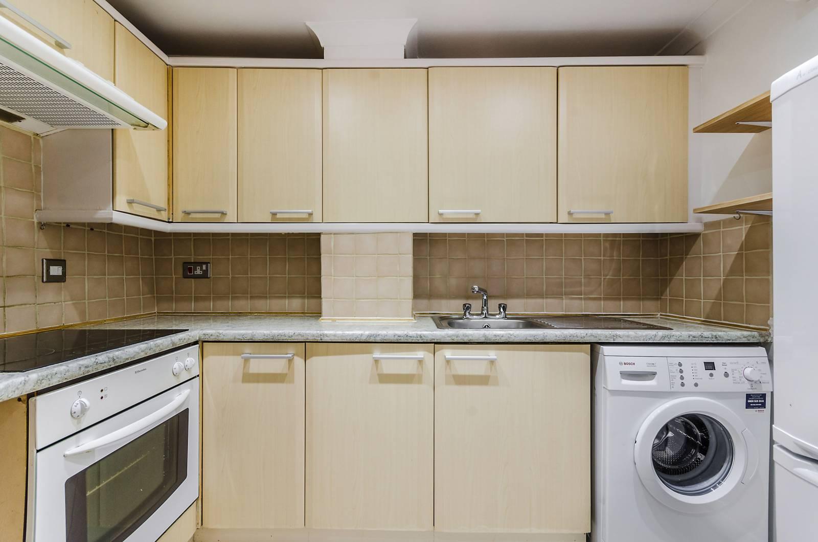 1 bedroom flat to rent in Boswell Street, Bloomsbury WC1N, London