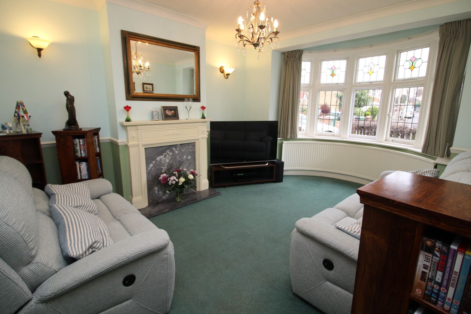 3 Bedroom Semi Detached House For Sale In Woodview Avenue