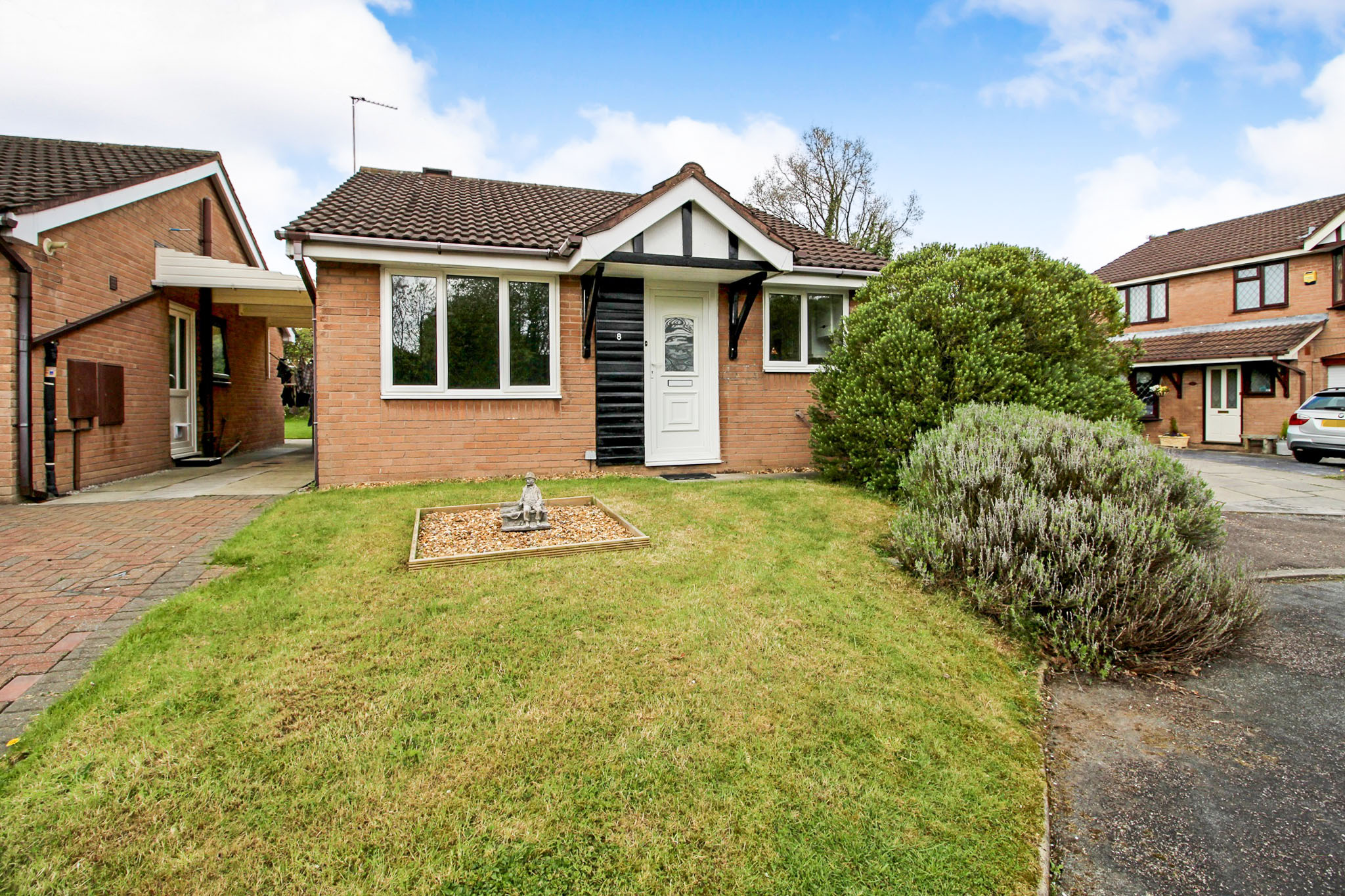 2 Bed Detached Bungalow For Sale In Ambleside Close, Winsford