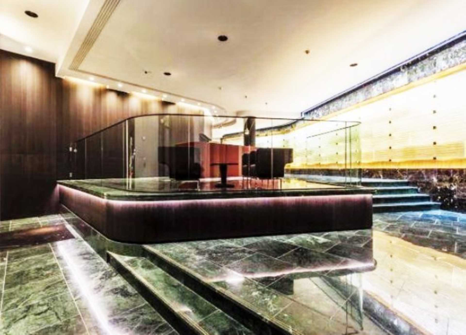 2 Bedroom Flat For Sale In Marconi House Strand Wc2r London