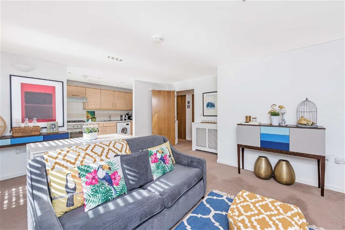2 bedroom flat for sale in blueprint apartments balham grove 2 bedroom flat for sale in blueprint apartments balham grove balham sw12 london malvernweather