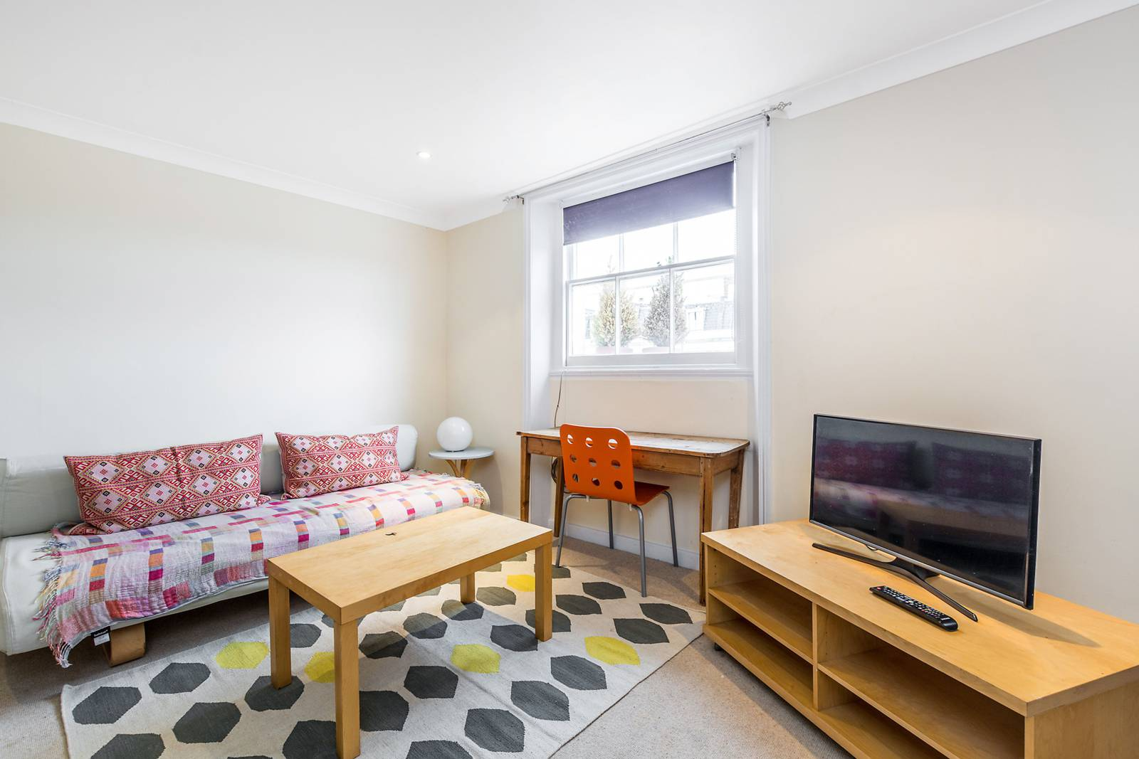 Studio flat for sale in inverness terrace bayswater w2 for 73 studios inverness terrace