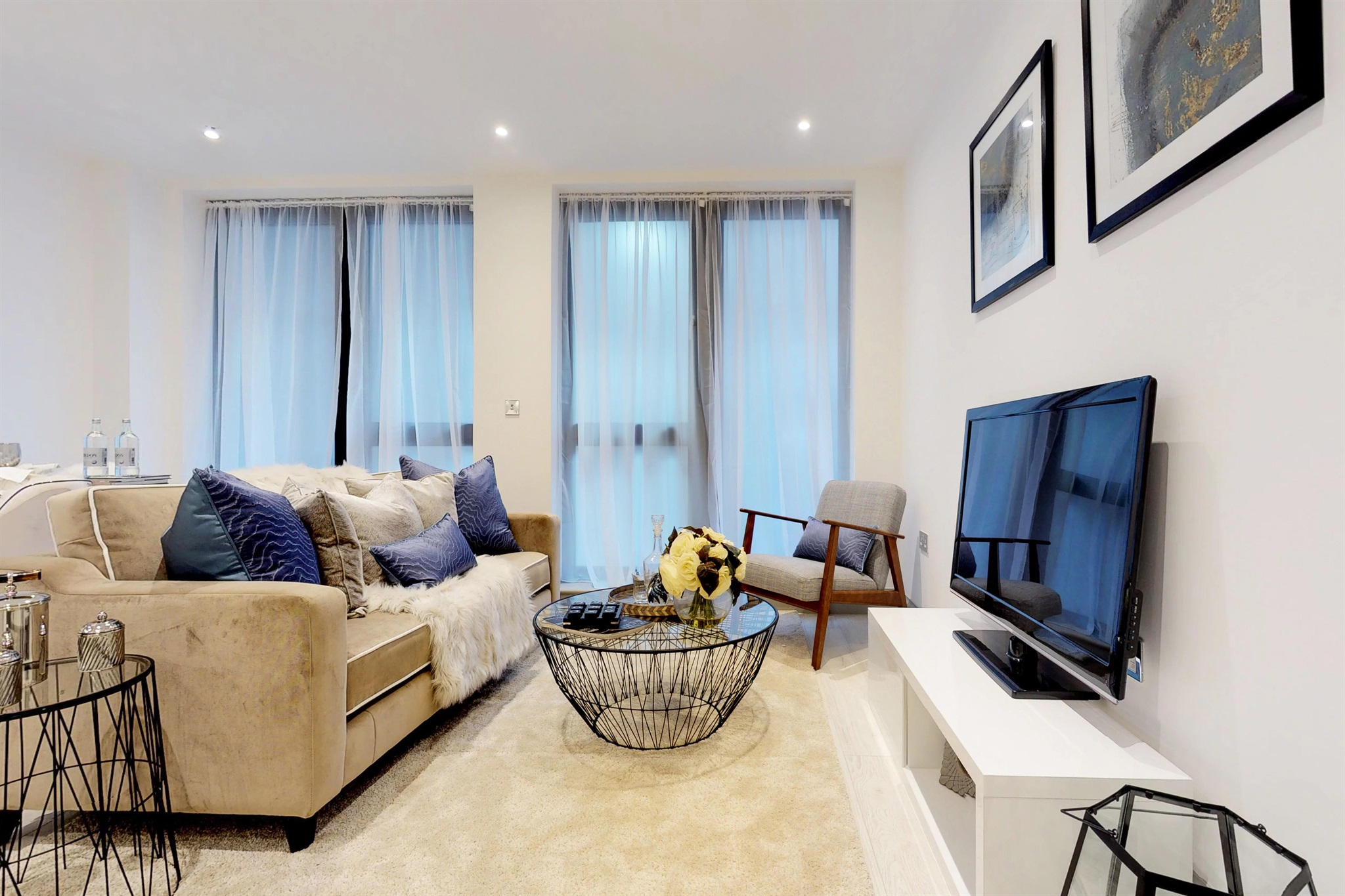 2 Bedroom Flat For Sale In Brighton Road Surbiton Kt6 London