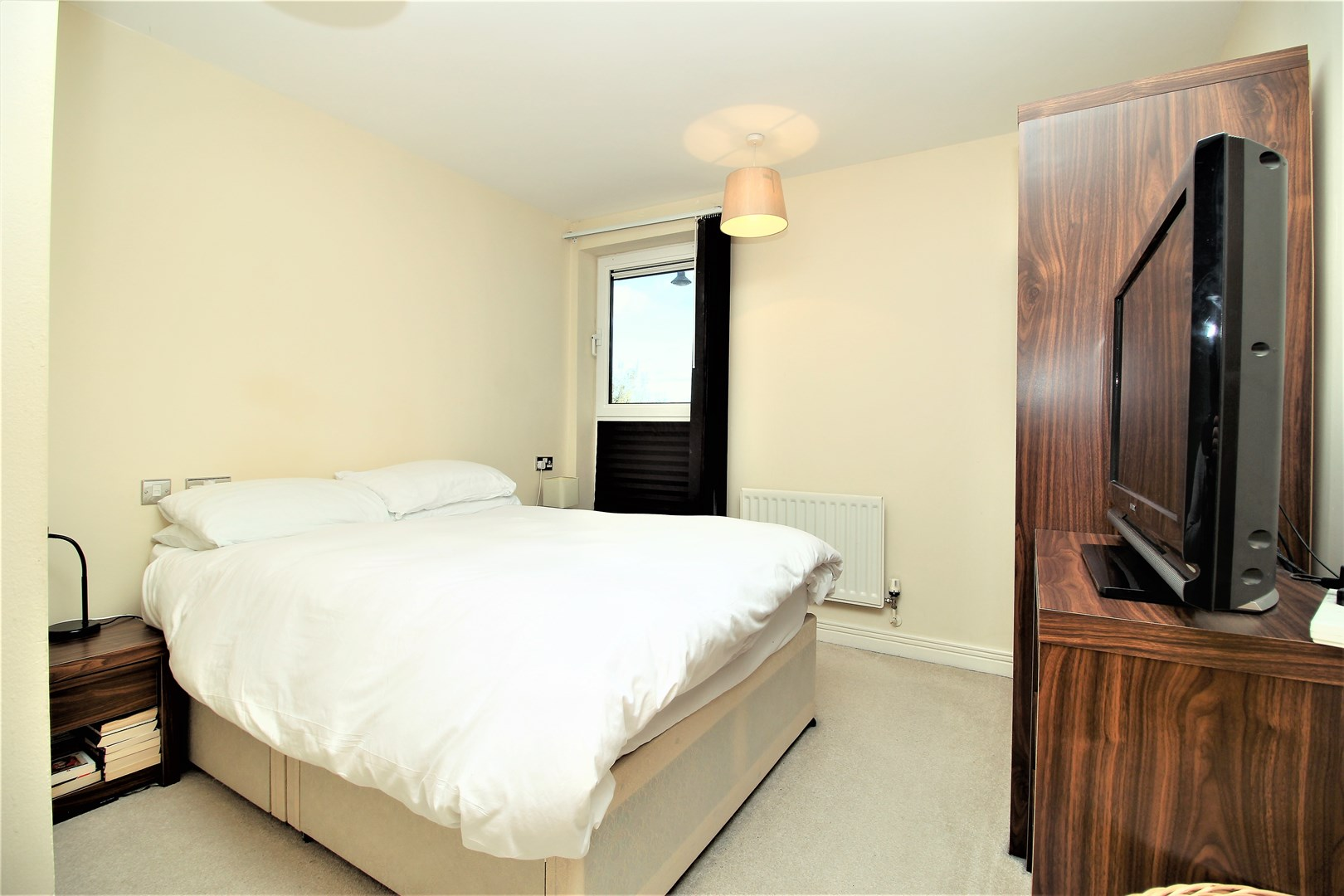 2 Bedroom Flat For Sale In Erebus Drive Thamesmead Se28 London