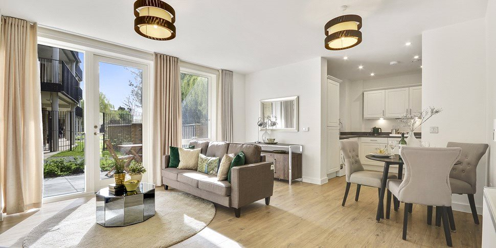 1 Bedroom Flat For Sale In Cheviot Gardens West Norwood Se27 London