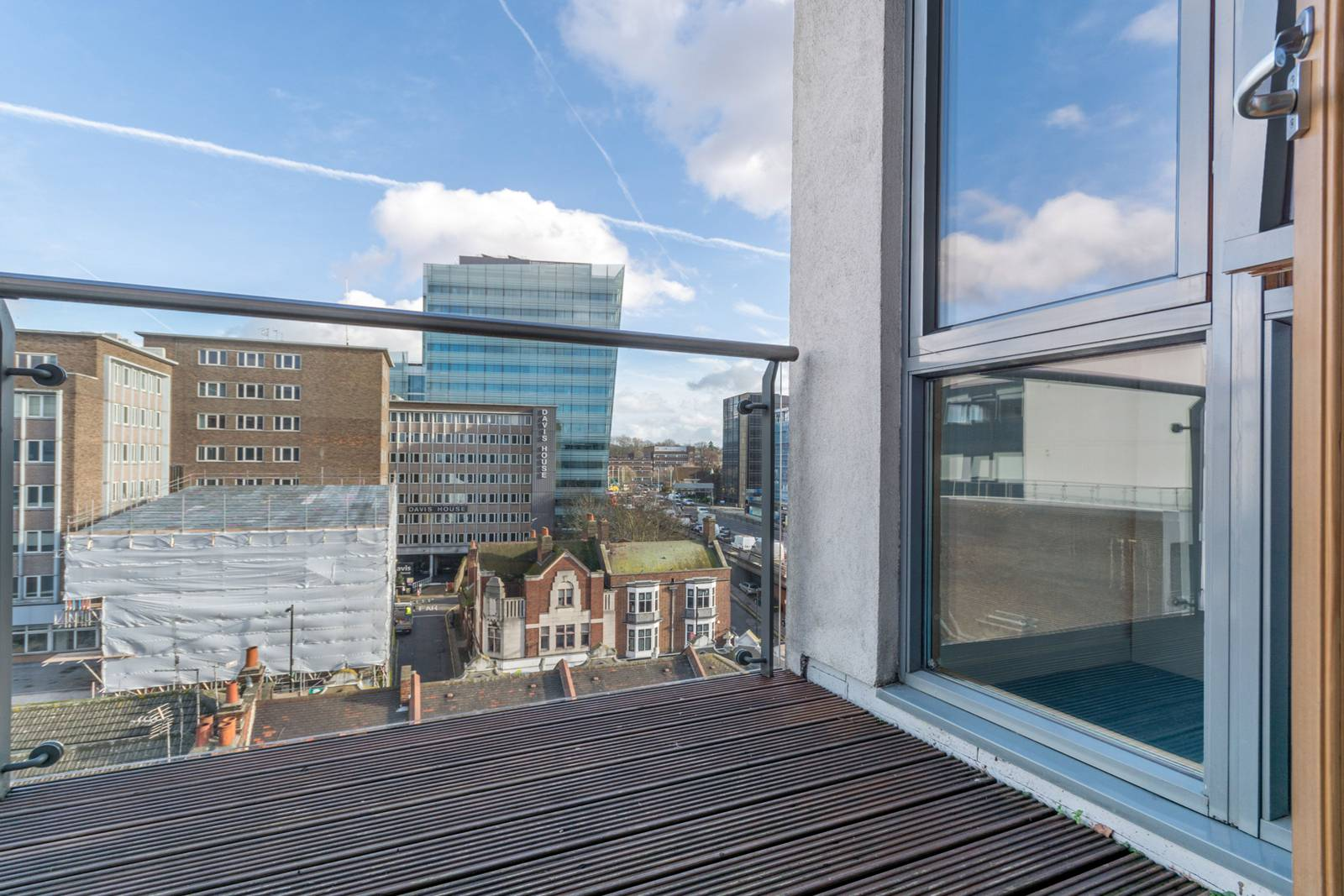 1 Bedroom Flat For Sale In Whitgift Street Central Croydon Cr0 London