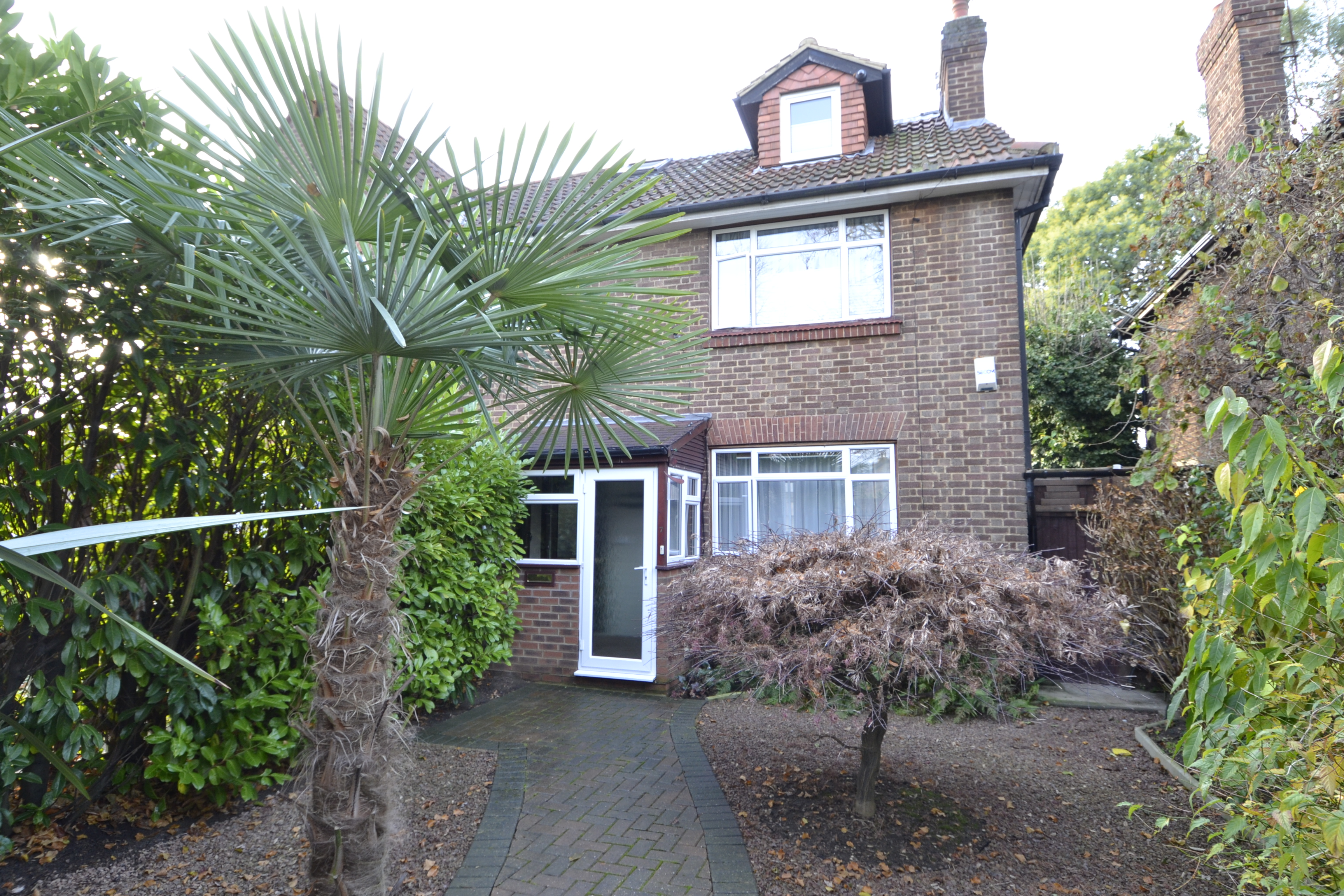 3 bedroom semi-detached house for sale in Back Lane, Ham, ichmond ...