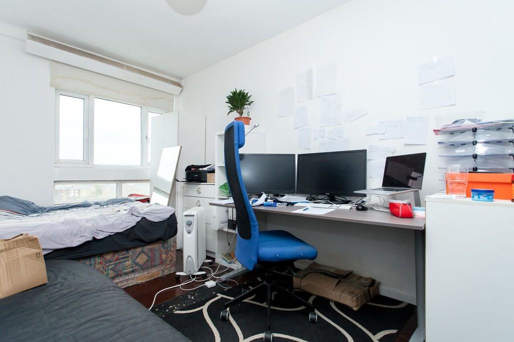 2 bedroom flat london buy 28 images 2 bedroom flat for for Kitchen ideas queensway