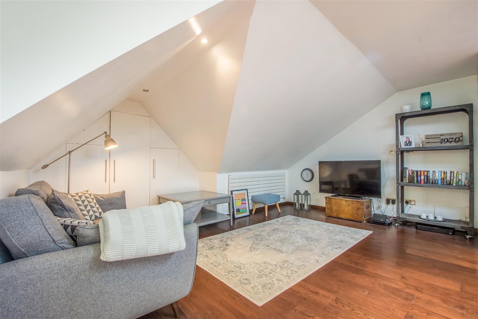 2 Bedroom Flat For Sale In Woolstone Road Se23 London