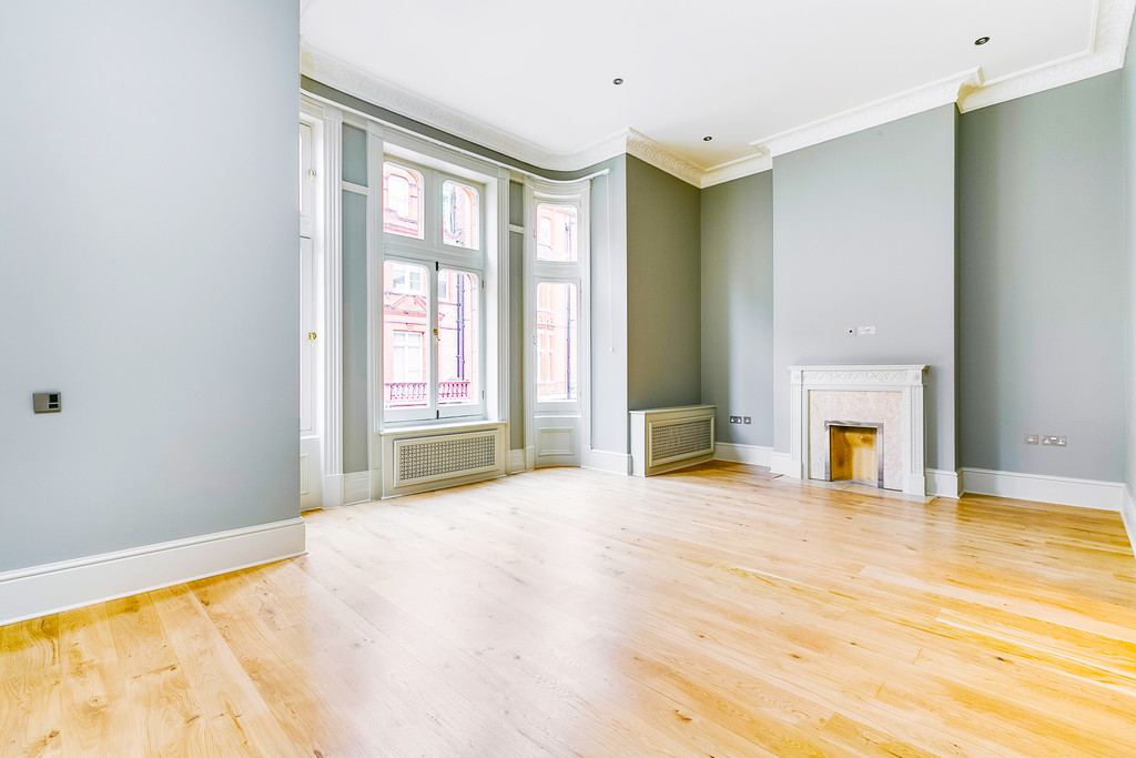 3 Bedroom Flat To Rent In Draycott Place SW3 London