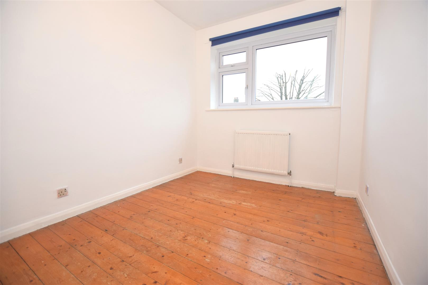 2 Bedroom Flat For Sale In Holmbury Court Cavendish Road Sw19 London