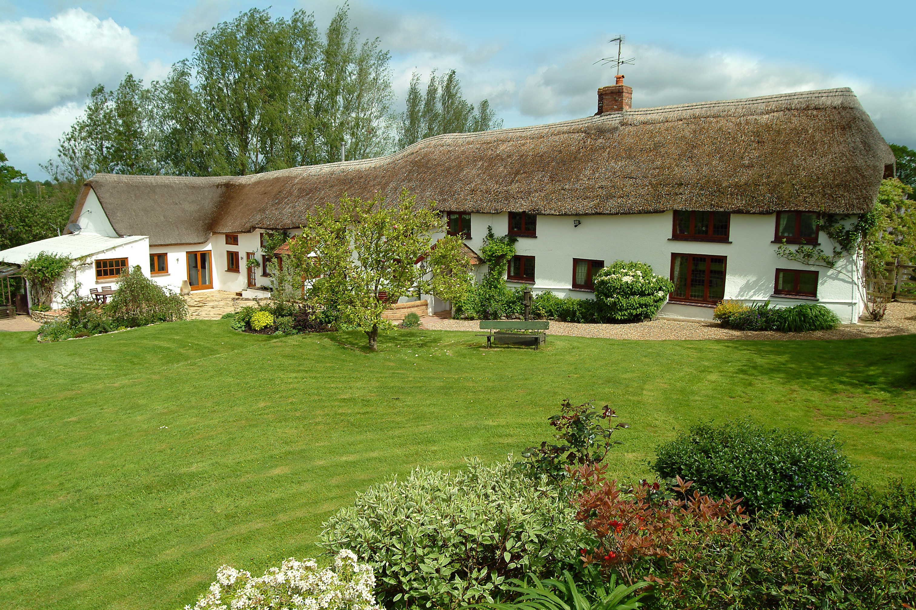 5 Bed Detached House To Rent In Old Bridge Farm,