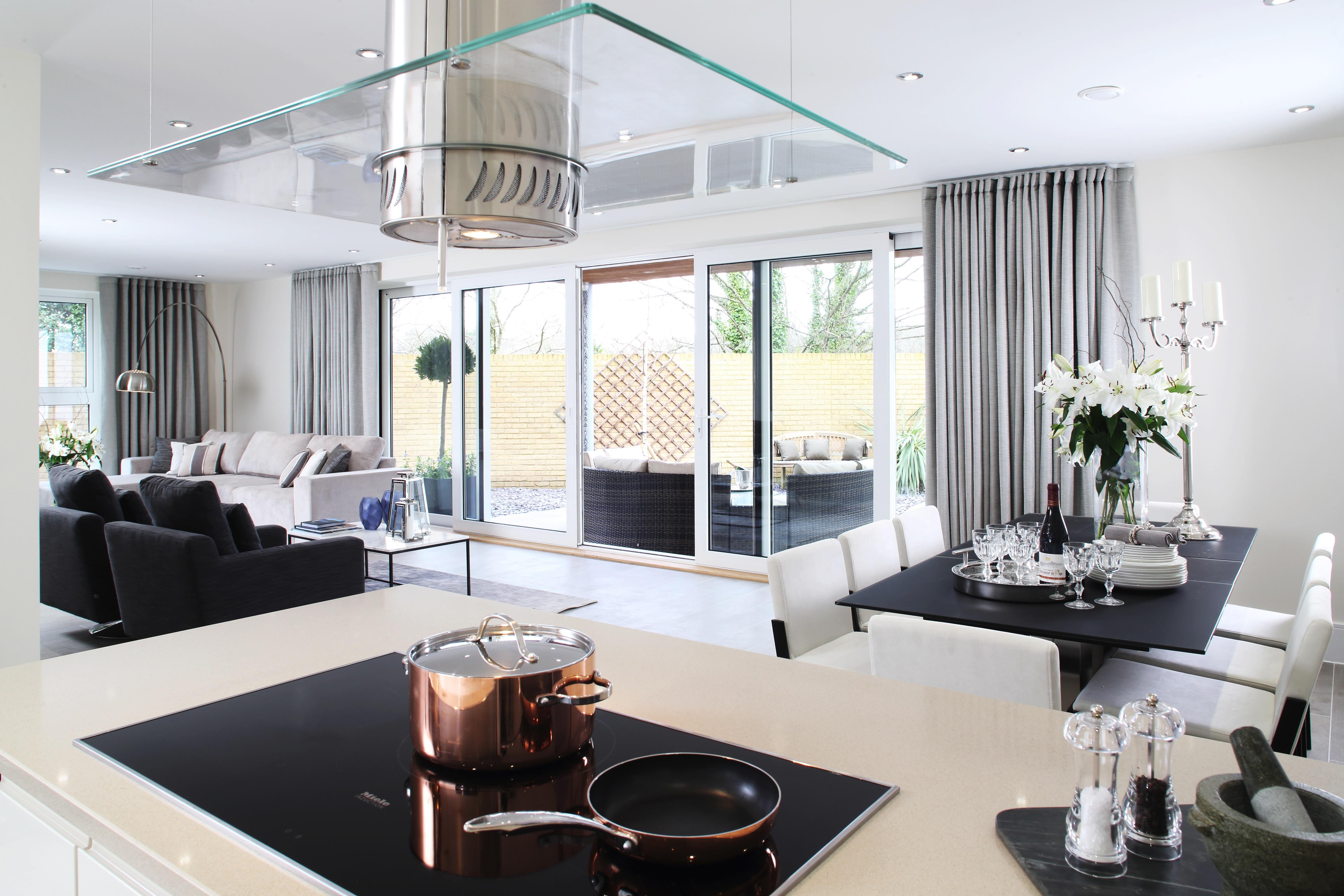 Redrow,Villas At Lymington Shores,Silestone,Siemens,Appliance