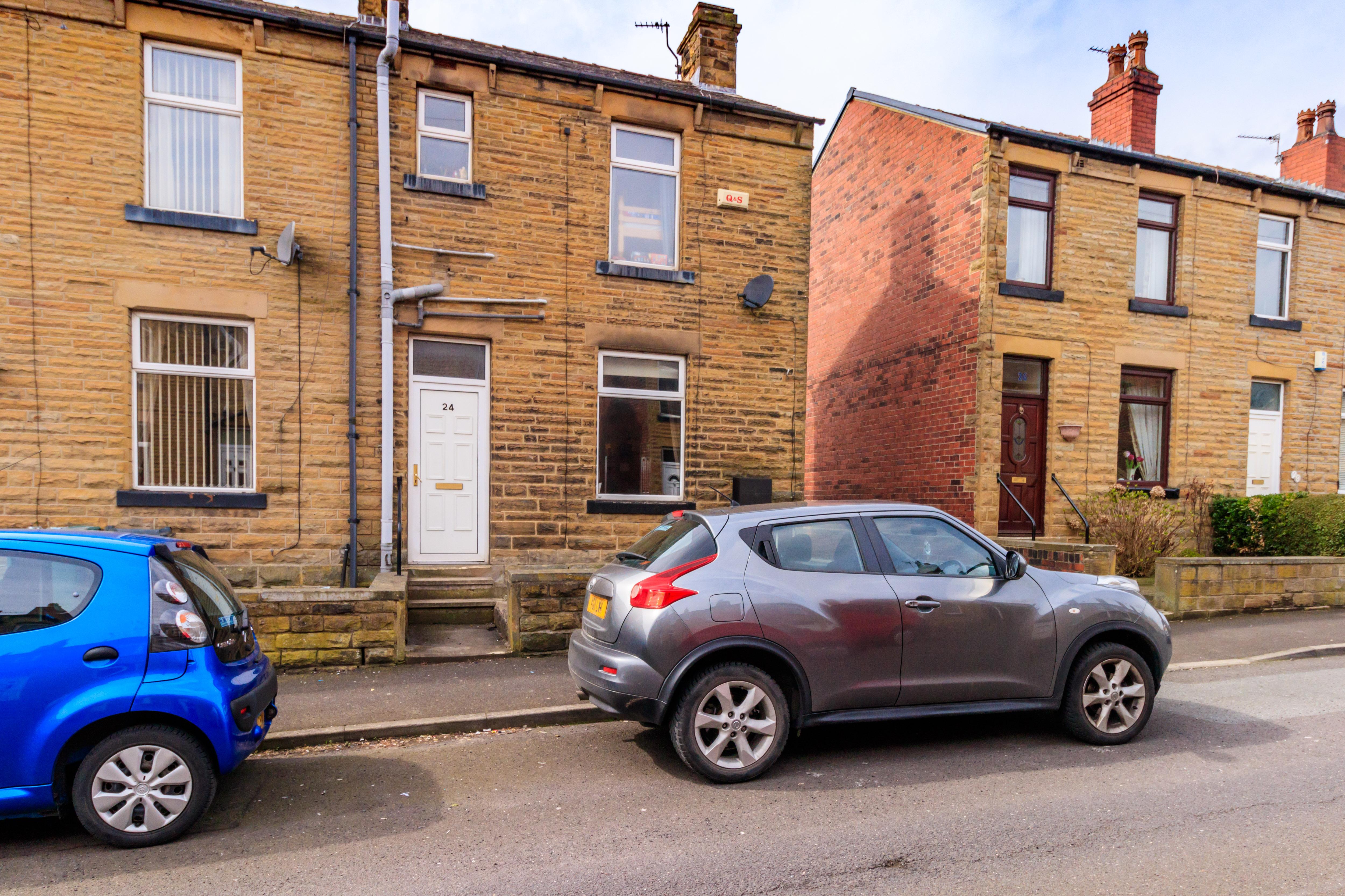 Mortimer Avenue, Batley WF17, 2 bedroom end terrace house for sale ...