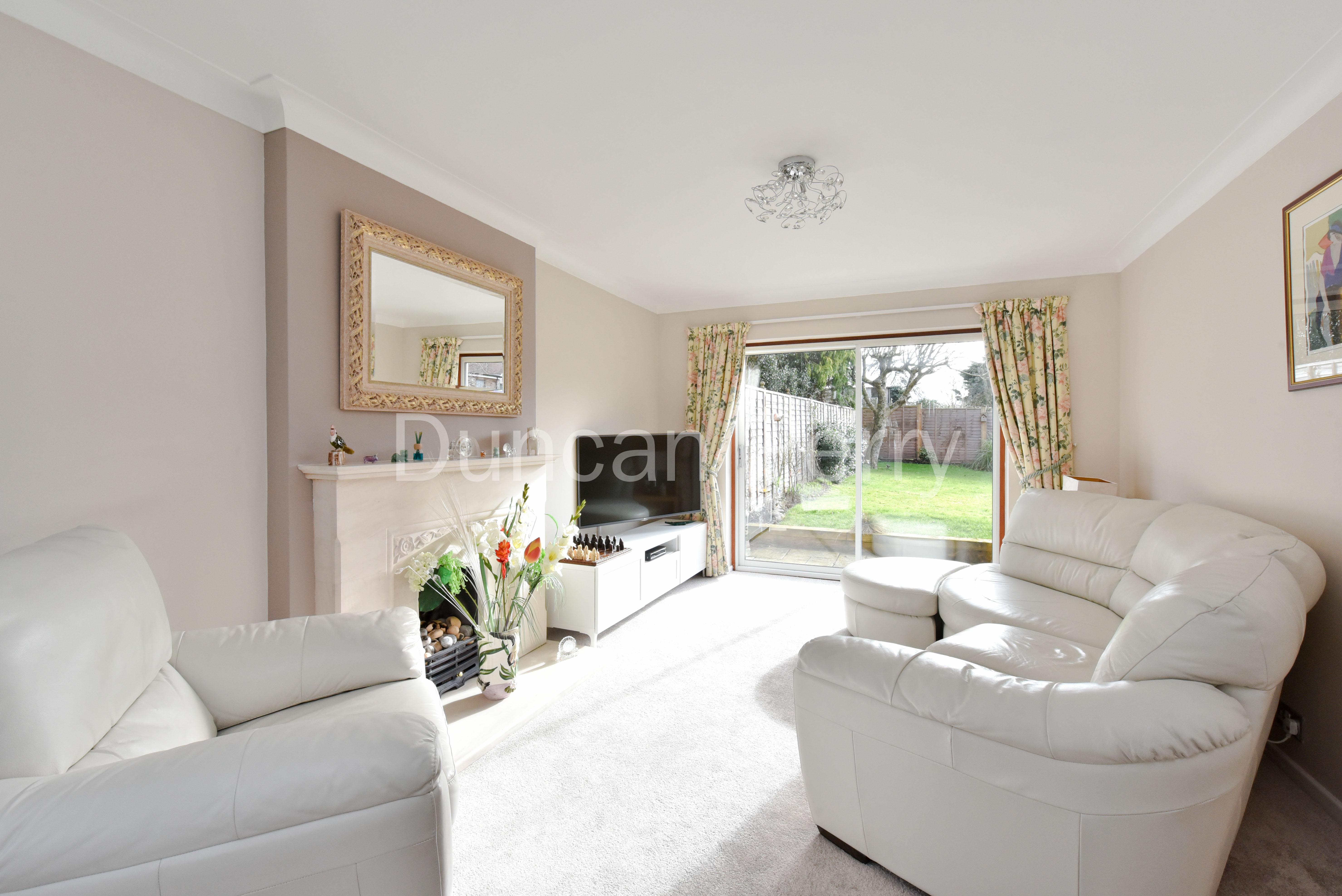 3 bedroom detached house for sale in Church Road, Potters Bar EN6 ...