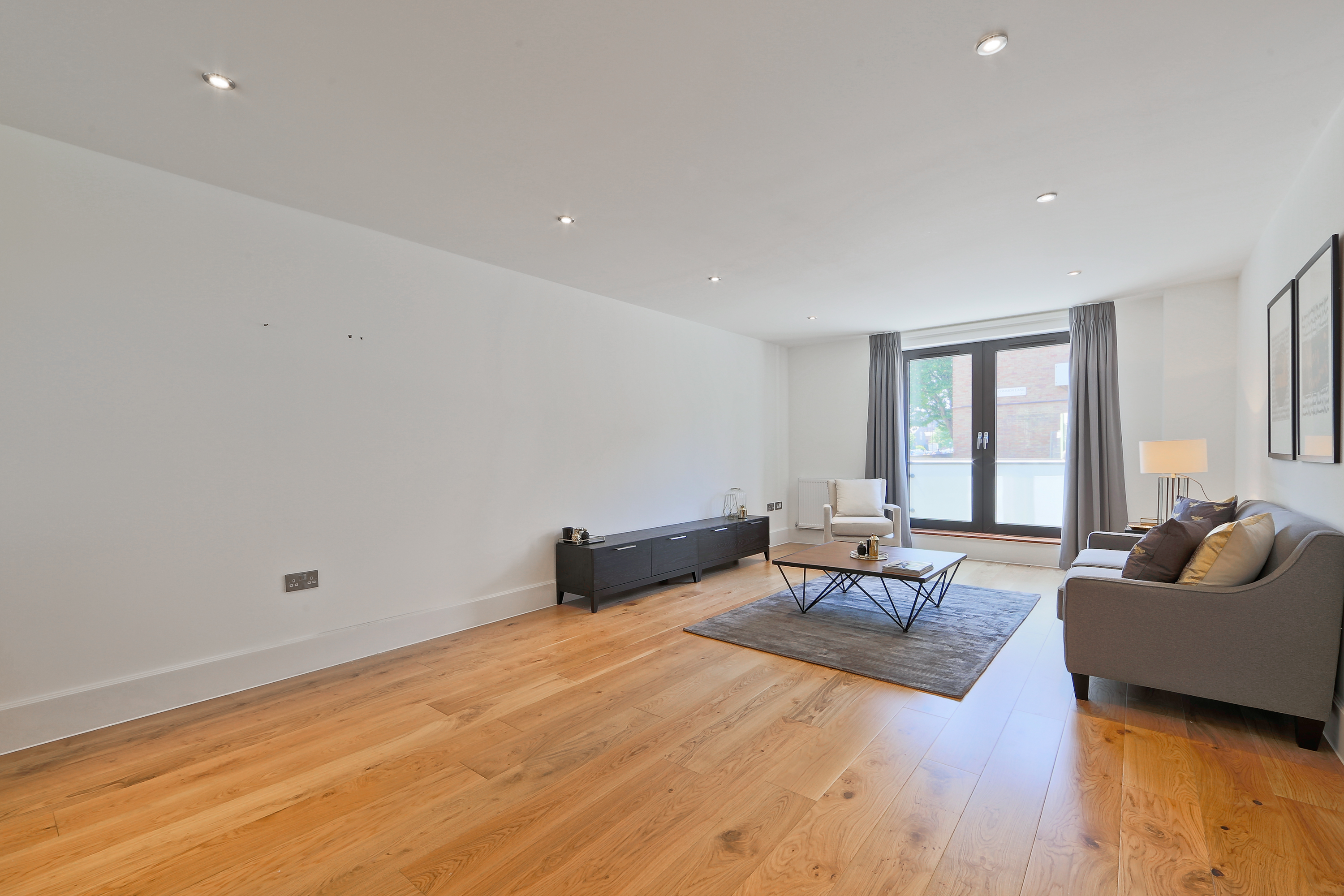 2 Bedroom Flat For Sale In Bow Common Lane E3 London