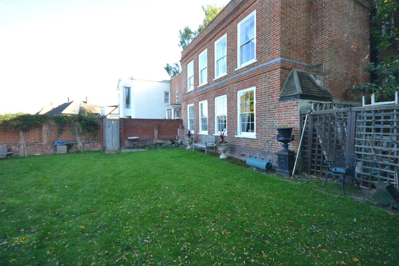Detached Properties For Sale At Woodcote