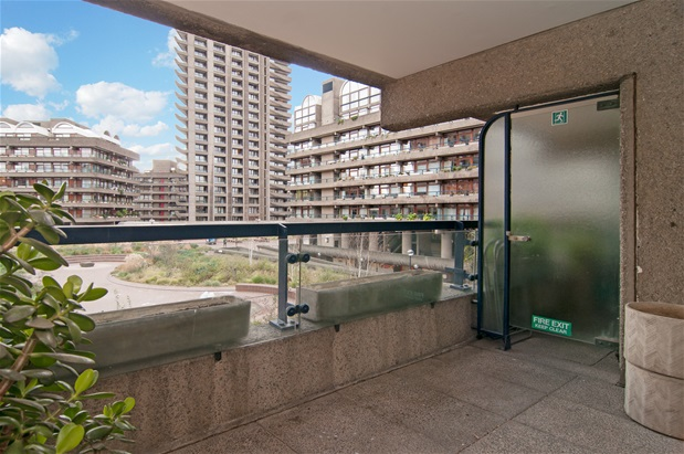 Bed Flat For Sale Barbican