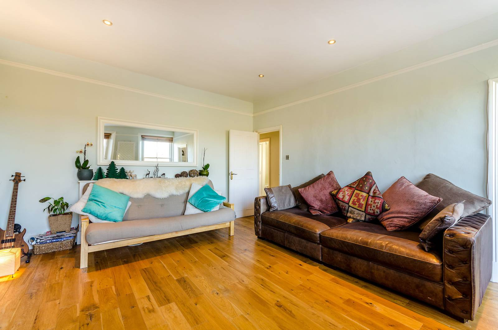 2 Bedroom Flat For Sale In Thicket Road Crystal Palace Se20 London