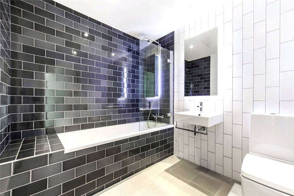 2 bedroom flat for sale in sienna house royal wharf 2 bedroom flat in canary wharf to buy