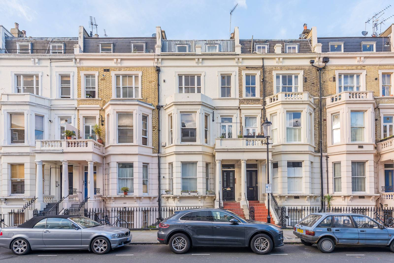 2 Bedroom Flat For Sale In Longridge Road Earls Court Sw5 London