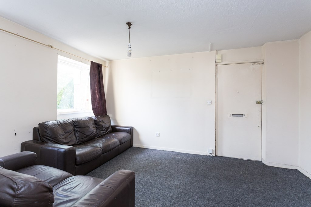 Bed Flat For Sale Romford