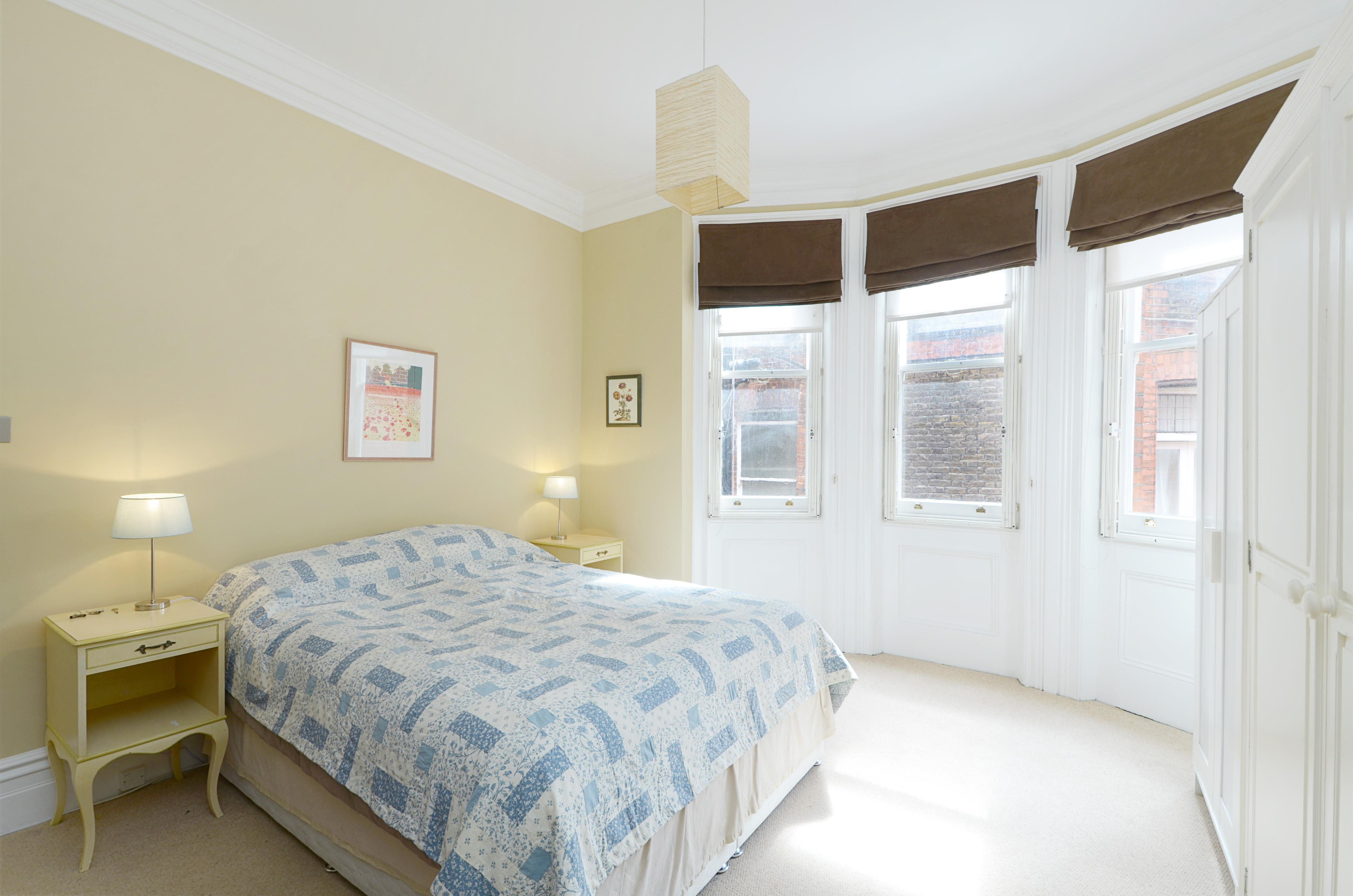 bedroom flat to rent in wetherby place sw7 london