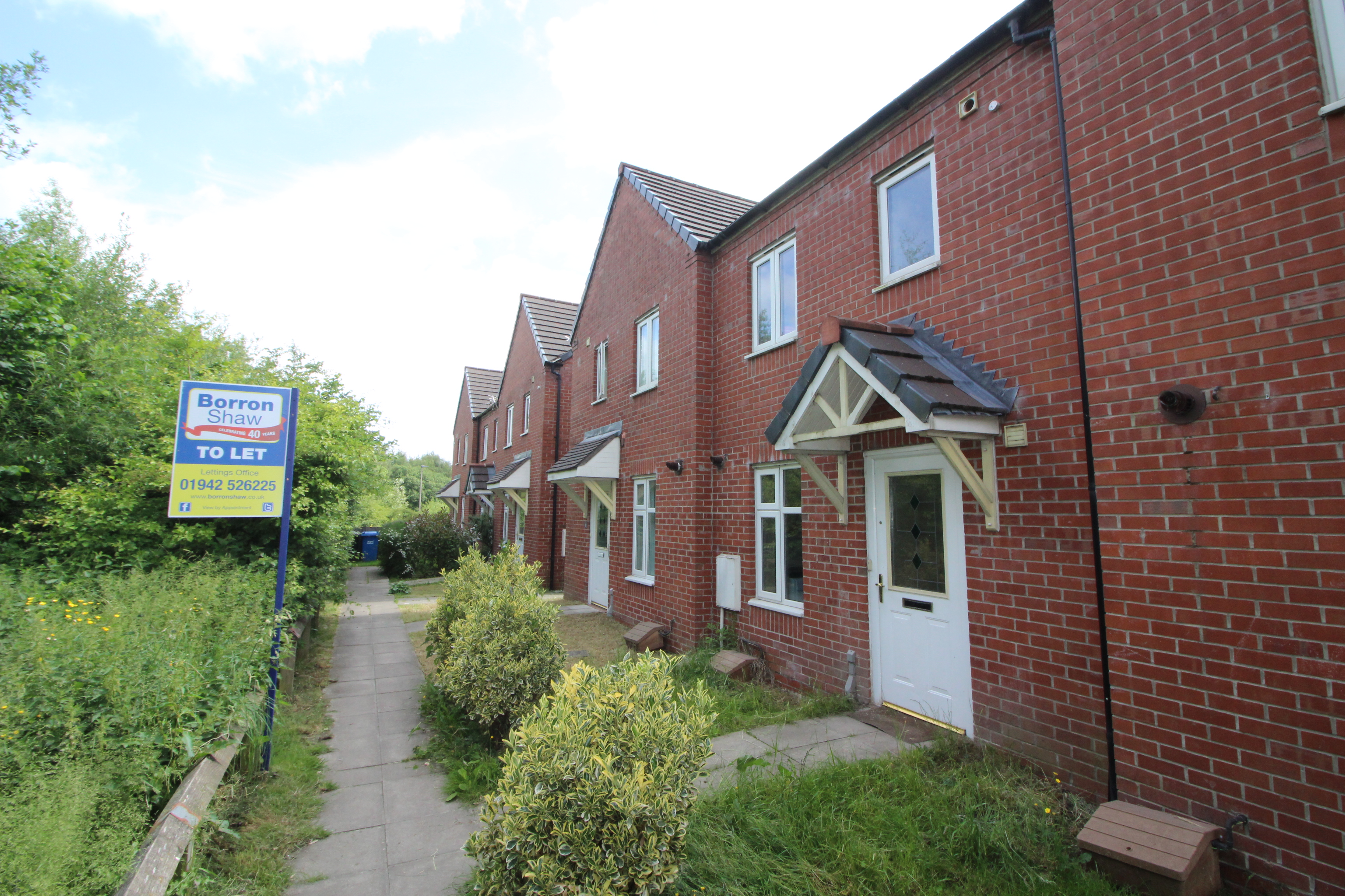 Kinsley Close, Spring View Wn3, 3 Bedroom Town House To
