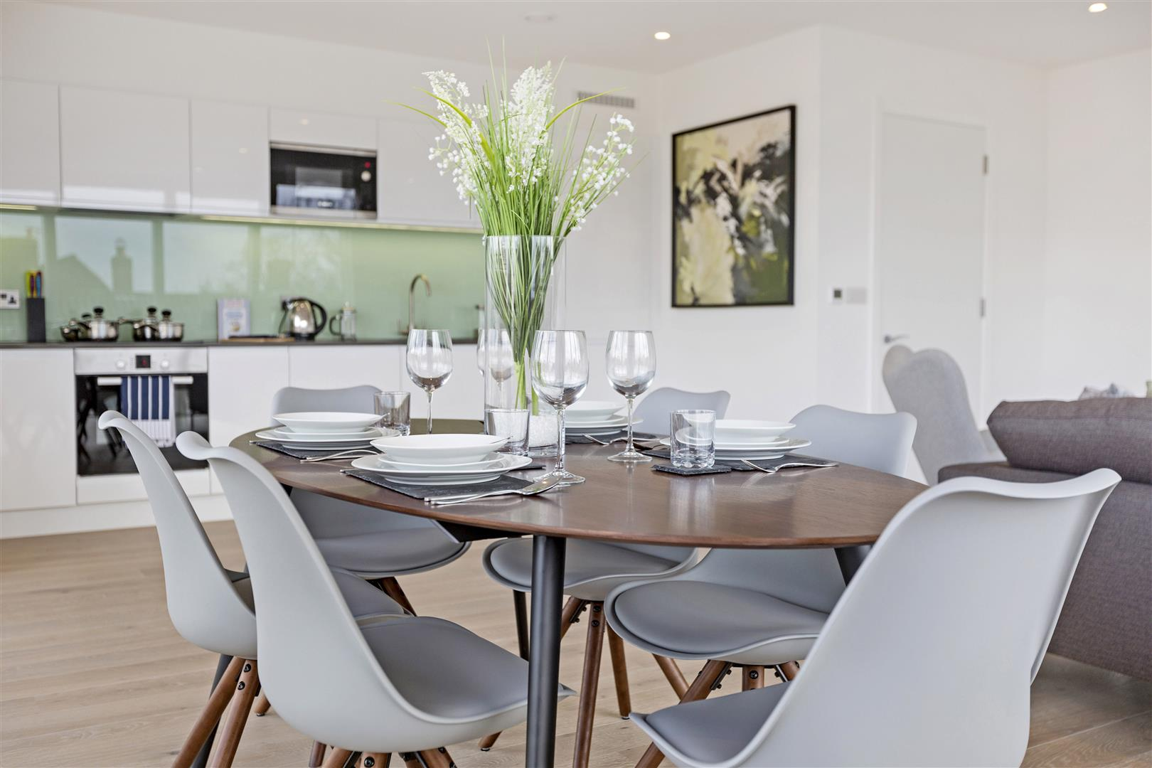 2 Bedroom Flat For Sale In Stage House Montague Road Wimbledon Sw19 London