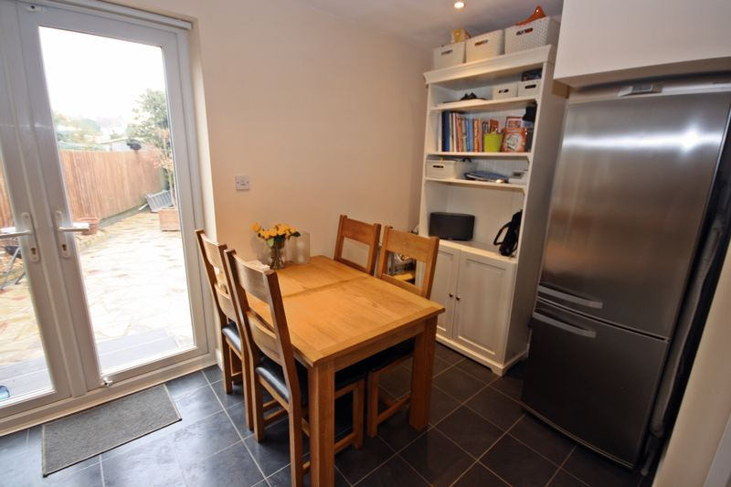 3 Bedroom Terraced House For Sale In Reading Road Northolt Ub5 London