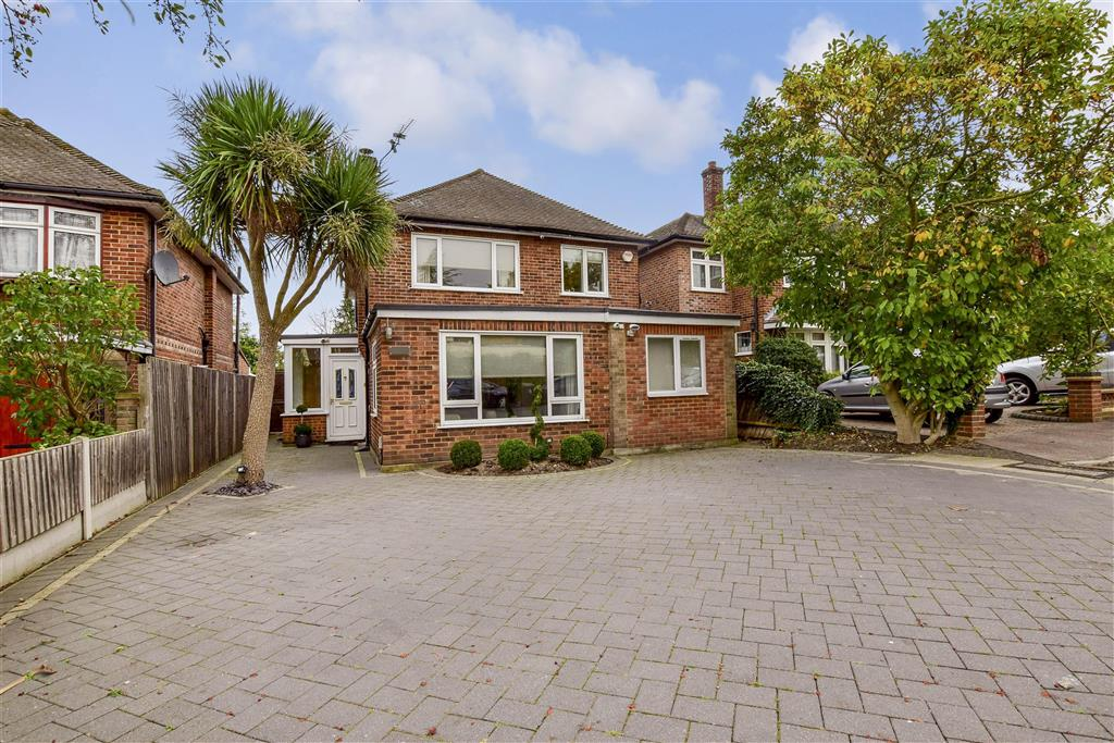 4 Bedroom Detached House For Sale In New Barns Way