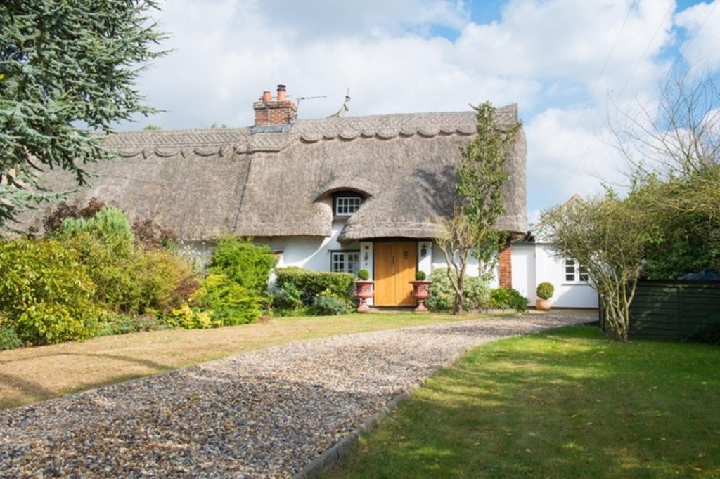 Top 10 Thatched Cottages