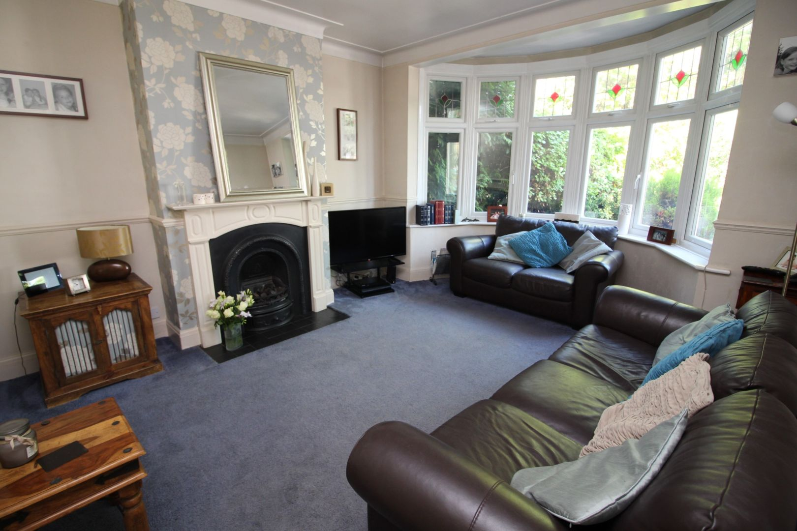 4 Bedroom Semi Detached House For Sale In Balgonie Road Chingford