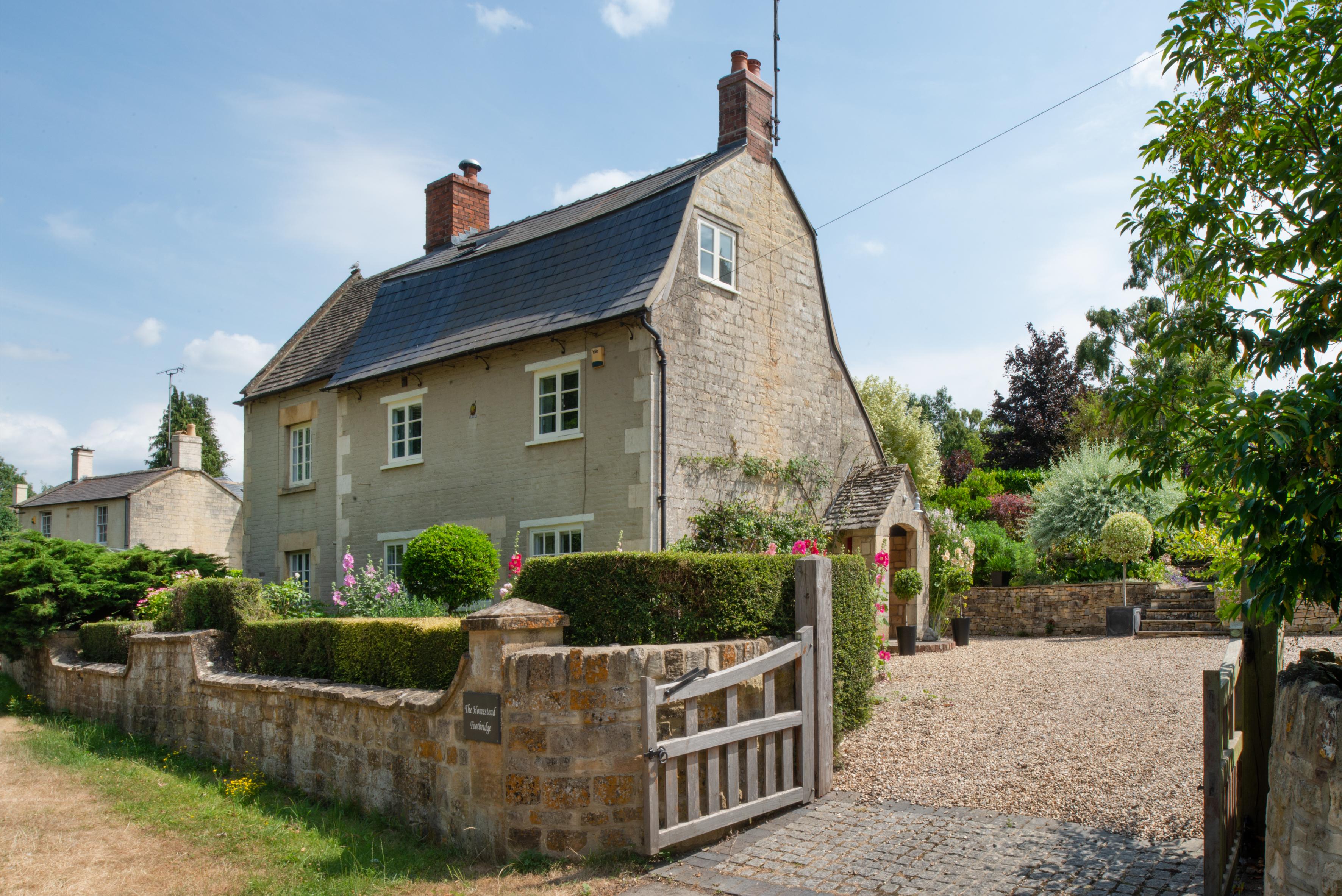 Footbridge Winchcombe Cheltenham Gl54 4 Bedroom Detached House Average Cost Of Rewiring A 5 For Sale 48500837 Primelocation