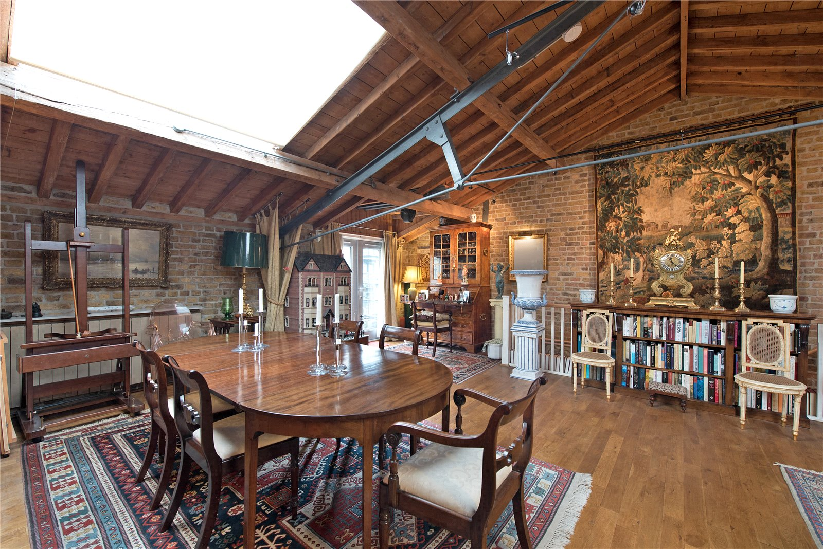 Butlers and Colonial Wharf,warehouse conversion,Dining room