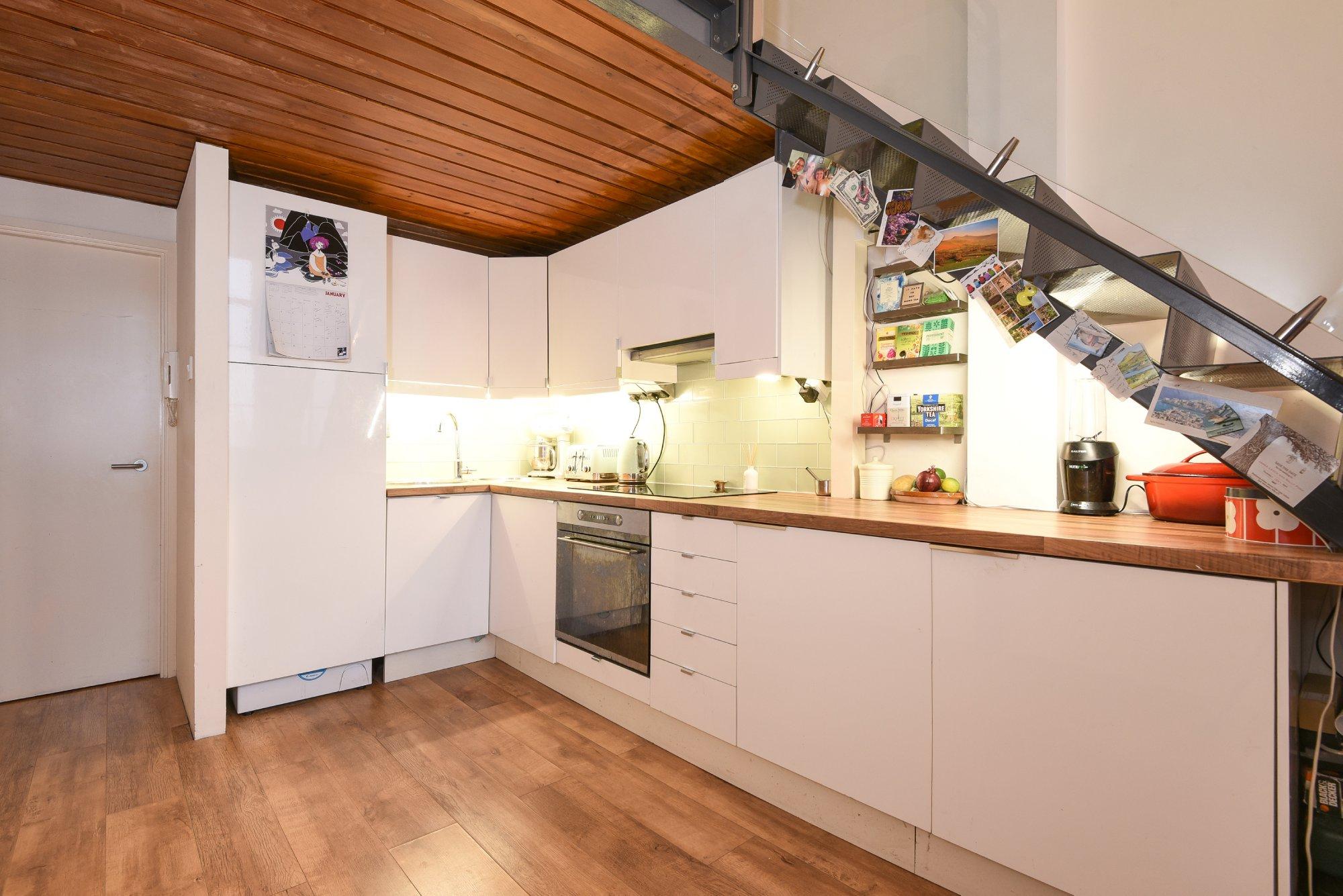 1 bedroom flat for sale in Fairfield Road, E3, London