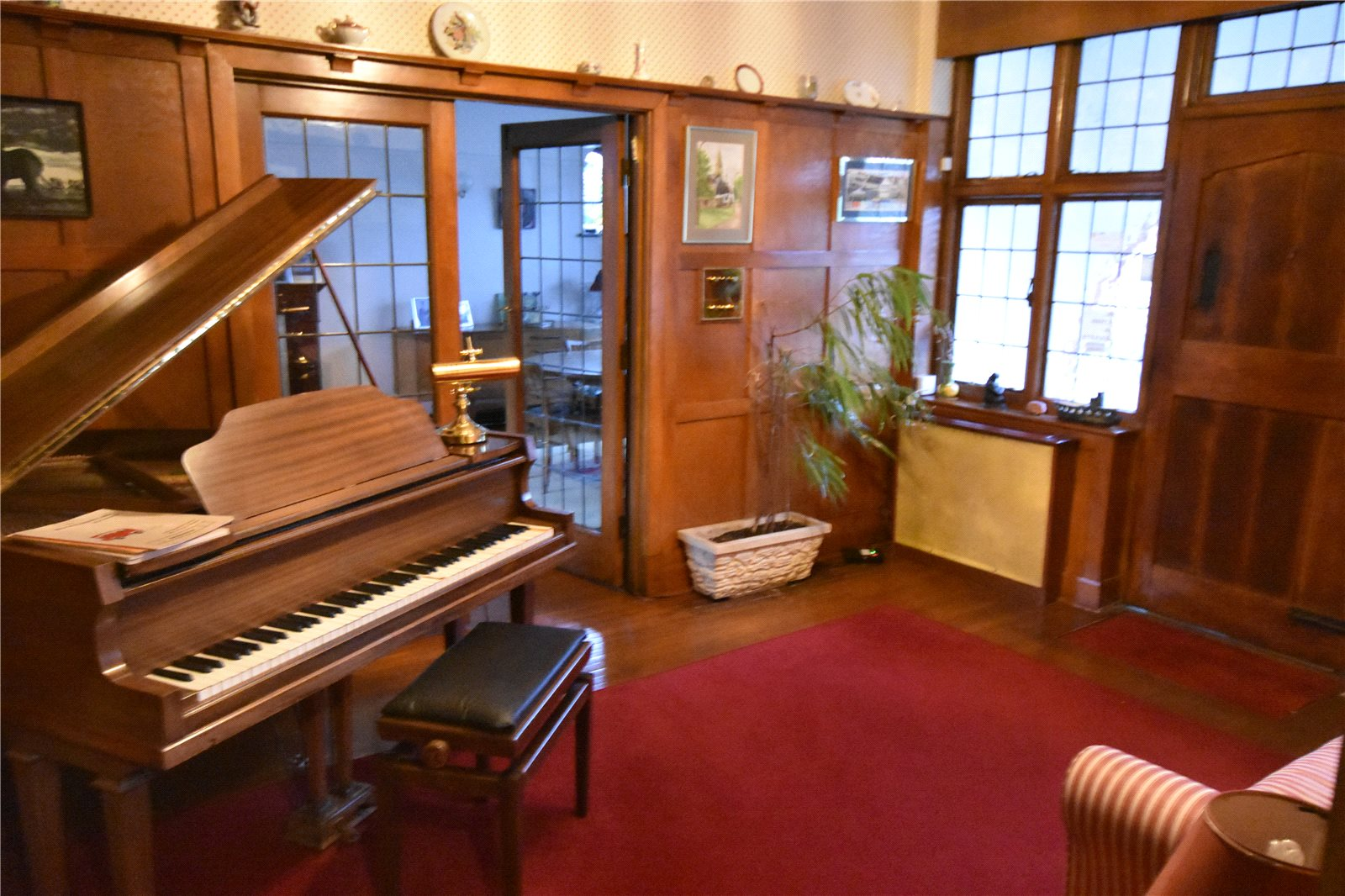2 Bedroom Bungalow For Sale In Church Way Whetstone N20 London